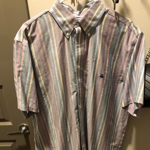 Brooks Brothers short sleeve Men's shirt. Large